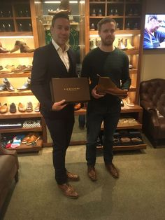 Former Ireland/Ulster Rugby player Paddy Wallace buying his new R.we'll be looking out for these on your next TV commentary, Paddy! Ulster Rugby, Rugby Players, Celebrity Pictures, Robin, Ireland, Tv, Celebrities, Boots, Celebrity