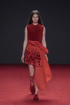 Viktor & Rolf et Desso s'associent pour transformer des moquettes en créations de Haute-Couture ! - Mode Beauté et Lifestyle sur Captendance
