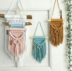 Weaves and tapestry. Some macrame and other arts and crafts - tapices macramé y otras manualidades similares