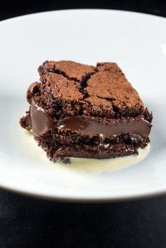 Yo come mucho chocolate. Sweet Recipes, Cake Recipes, Dessert Recipes, I Love Food, Good Food, Yummy Food, Partys, Delicious Desserts, Cupcake Cakes