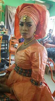 Malian Fashion bazin #Malifashion #bazin #malianwomenarebeautiful #dimancheabamako #mussoro #malianwedding