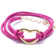 """Das Charity-Wickelarmband """"Heart"""" in Pink mit dem hinreißenden Herz aus goldplattiertem Edelstahl ist ein echter Eyecatcher für deinen glänzenden Auftritt. Versandkostenfrei bei melovely.de"""