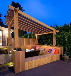 20 Timber Decking Designs that can Append Beauty of your Homes - Love the bench around the fire place