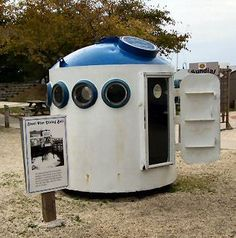 Diving Bell -- possibly from POP  [Image: bell11.jpg]