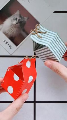 Diy Crafts Hacks, Diy Crafts For Gifts, Diy Home Crafts, Diy Crafts Videos, Decor Crafts, Cool Paper Crafts, Paper Crafts Origami, Origami Art, Origami Candy Box