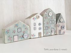Everyone watches the clouds: Little Houses Home Crafts, Easy Crafts, Diy And Crafts, Arts And Crafts, Wood Block Crafts, Wooden Crafts, Diy Projects To Try, Wood Projects, Small Wooden House