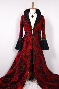 Floor length heavy velvet coat Gothic medieval style 3123.JPG (300×451)