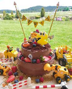 Birthday Cake, Bar, Desserts, Food, Tailgate Desserts, Deserts, Birthday Cakes, Essen, Postres