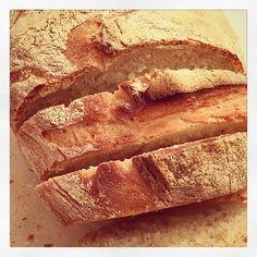 Mmmm #breadporn #foodporn #sourdough #bread #carbworship #baking #foodstagram #fromscratch #newforkcity #yli