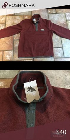 Men's Medium Sweater fleece pullover Brand new! Super warm with kangaroo pockets in front. Bottoms at the top. Size Medium in Mens's, fits like a women's large. L.L. Bean Shirts Sweatshirts & Hoodies