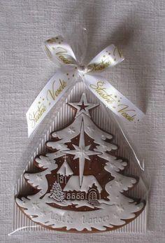 Christmas Goodies, Christmas Desserts, Christmas Treats, Christmas Baking, Christmas Biscuits, Christmas Sugar Cookies, Holiday Cookies, Gingerbread Decorations, Gingerbread Cookies
