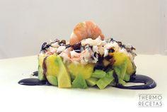 Timbal de aguacate con mango y langostinos - http://www.thermorecetas.com/timbal-de-aguacate-con-mango-y-langostinos/