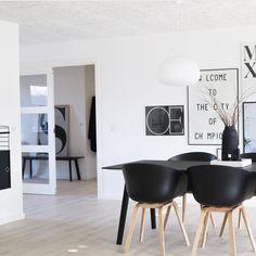 151 vind-ik-leuks, 7 reacties - emma b Utrecht (@emma.b.utrecht) op Instagram: 'Wat een mooi grafisch zwart-wit appartement! @anniekristensen maakte hier een mooie combi van…'