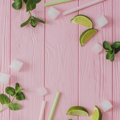 Top view of wooden surface with summer ingredients for drinks Free Photo Food Backgrounds, Flower Backgrounds, Wallpaper Backgrounds, Iphone Wallpaper, Pink Aesthetic, Cute Wallpapers, Backdrops, Diy And Crafts, Floral