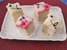 Zitronen-Petits Fours, ein schönes Rezept aus der Kategorie Kuchen. Bewertungen: 5. Durchschnitt: Ø 3,7.