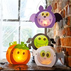 Sachenmacher Mini-Grusellaternen JAKO-O Sachmacher mini-scary lanterns - 4 bright scary minis in one Bonbon Halloween, Halloween Crafts For Toddlers, Fete Halloween, Halloween Crafts For Kids, Toddler Crafts, Crafts For Teens, Fall Crafts, Kids Crafts, Diy And Crafts
