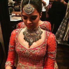 By designer Tarun Tahiliani. Bridelan- Personal shopper & style consultants for Indian/NRI weddings, website www.bridelan.com #Bridelan #weddinglehenga #TarunTahiliani #TarunTahilianiLehenga