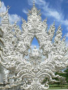 Wat Rong Khun, Chiang Rai, Golden Triangle, Thailand