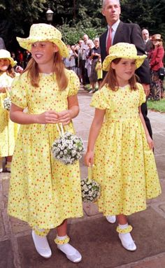 Princesses Beatrice and Eugenie of York -When they were little. Daughters of Prince Andrew and Sara Ferguson.