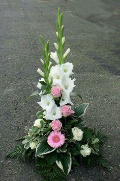 Beautiful Gladiolus Flower Arrangements For Home Decorations 43 - DecOMG Gladiolus Wedding Flowers, Altar Flowers, Church Flowers, Funeral Flowers, Flowers Garden, Gladiolus Arrangements, Funeral Floral Arrangements, White Flower Arrangements, Flower Centerpieces