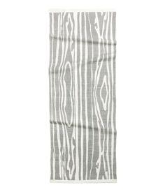 Adoro-o para a minha cozinha: um toque de natureza em tons de cinza e branco... perfect! H&M Tapete de algodão 29,99 €