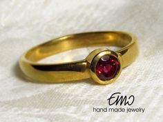 Natural Peony Red Topaz 4mm 14K Gold Ring Solitaire by Emostudio
