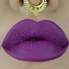 Batom Fosco Queen Make Up - Cor 16: http://maisvaidosa.com.br/labios/batom/batom-fosco-queen-make-up-cor-5037.html