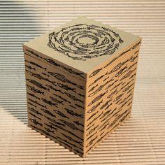 Scatola Fauna marina  Materiale:Legno rivestito Dimensioni:12,5 x 11 cm altezza 14 cm • Info: enrico@ynedit.it