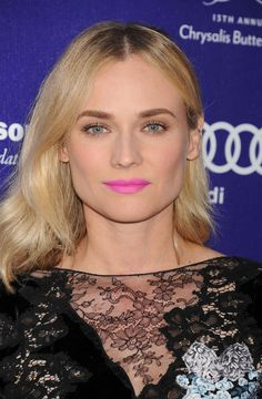 Freaking out over Diane Kruger's lipstick!! A rare bright for her