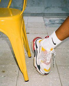 Die 90+ besten Bilder zu Flache Schuhe in 2020 | flache