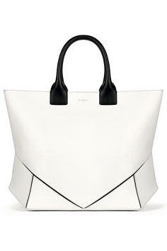 Classical Givenchy - perfect for every outfit! Find similar styles from our handpicked luxury bags at www.swayy.com.au