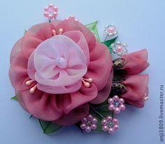 """Брошь """"Весеннее цветение"""" - коралловый,брошь цветок,брошь из ткани,подарок на любой случай"""