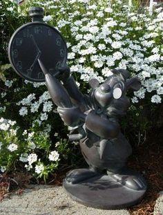 DISNEY Alice in Wonderland WHITE RABBIT Garden Statue / Theme ...