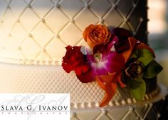 Cake Flowers (close up) by Houston Wedding Florist | Sicola's |