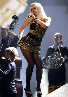 Gwen Stefani performing in concert