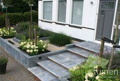Garden Paving, Garden Steps, Modern Landscaping, Backyard Landscaping, Landscape Design, Garden Design, Small Front Gardens, Garden Solutions, Garden Entrance