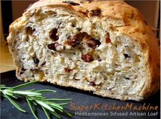 A heady aromatic loaf for people who love bread, Thermomix, and savoury seasonings. Try this for a rich mouthful of Mediterranean flavours and a house that smells so good you& be able to close your eyes and believe yourself there. Bread Machine Recipes, Bread Recipes, Cooking Recipes, Pain Aux Olives, Thermomix Bread, Muffins, Tomato Bread, Olive Bread, Bread Rolls
