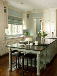 Great island with the two-level design ~House of Turquoise: Kitchen of the Year Cocina Shabby Chic, Shabby Chic Kitchen, Kitchen Rustic, Vintage Kitchen, Kitchen Seating, Craftsman Kitchen, Bar Seating, Extra Seating, Country Kitchen