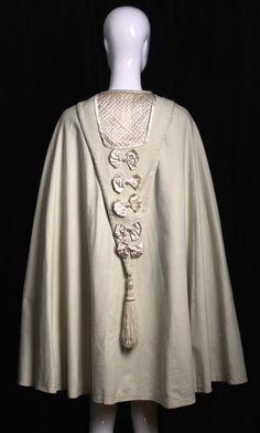 1860s Antique vintage 1800s Victorian CIVIL WAR era CAPE  cream wool draped tassel detail with quilting wrap outerwear