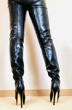 Mens Tall Boots, Tan Leather Boots, Beige Boots, Black High Boots, Sexy Boots, Thigh High Boots Outfit, High Heel Boots, Heeled Boots, Extreme High Heels