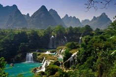 Click to see the top ten waterfalls in the world