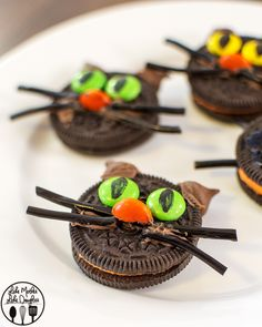 Be the hit of your boo-bash when you make these 5 Simple Spooktacular Halloween Themed Treats. East to make, 5 desserts perfect for your party table.