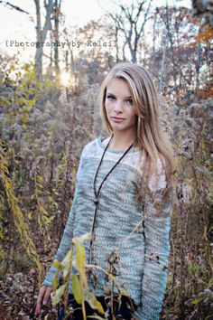 Senior photo shoot at Turkey run state park - Photography by Kelsi