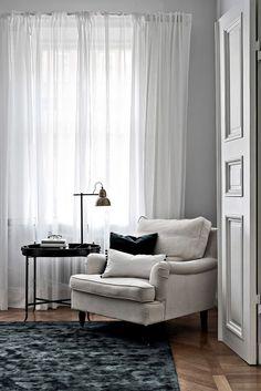 reading nook Gray Interior, Interior Design Living Room, Living Room Inspiration, Interior Inspiration, Home And Living, Living Spaces, Decoration, House Design, Architecture