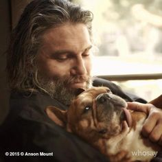 Anson Mount (Hell on Wheels) and his frenchie Mac Anson Mount, Nbc Series, Animal Hugs, Fictional Heroes, Black Bolt, Hell On Wheels, Star Wars, Western Movies, A Guy Who