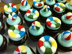 "Summer Party Ideas | Pool Party Ideas | Pool Party Cupcakes | Snappening says: ""We think we're in love with these!"""