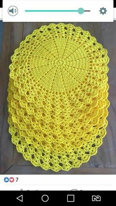 Crochet doily Step by step Tut crochet hexagon for blouses This Pin was discovered by Sto Crochet Placemats, Crochet Quilt, Crochet Dishcloths, Crochet Blocks, Crochet Art, Crochet Squares, Crochet Home, Thread Crochet, Crochet Motif