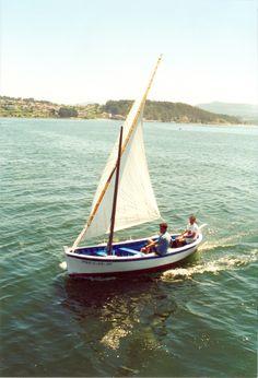 A Boureante Buceta Puerto: Combarro Eslora (pp): 4.8m Manga: 1.67m Puntal: 0.59m