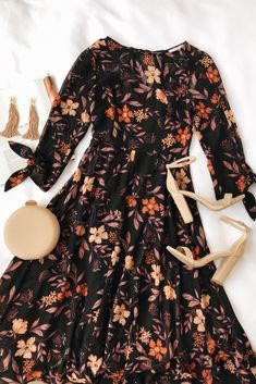 Modest Dresses for Ladies Over 50 Mode Outfits, Dress Outfits, Fall Outfits, Casual Outfits, Fashion Outfits, Girly Outfits, Dress Casual, Gothic Fashion, Fasion