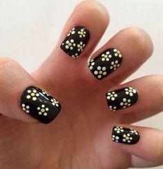 fake nails daisy nails daisies nail art press on nails is part of Black acrylic nails - Fake nails, daisy nails, daisies, nail art, press on nails Nailart DIY White Nail Designs, Simple Nail Art Designs, Easy Nail Art, Acrylic Nail Designs, Pretty Designs, Nail Art Diy, Floral Designs, Black Acrylic Nails, Black Nail Art